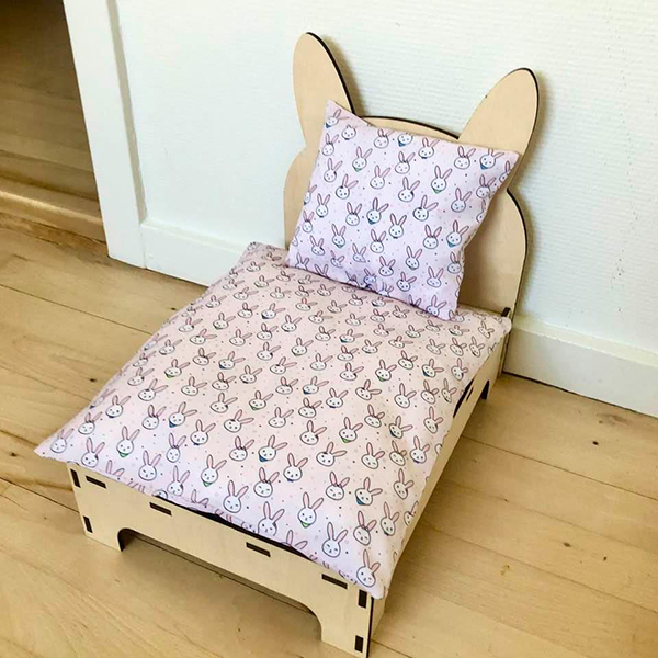 Bett für Kaninchen rosa